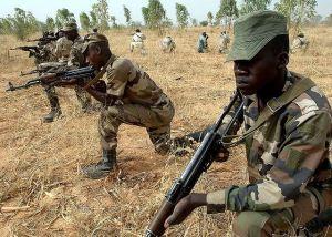 Nigerian_Nigeria_army_soldiers_military_combat_field_uniforms_007