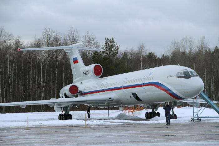 A Tupolev Tu-154 stands on the tarmac of the Chkalovsky military airport north of Moscow, Russia January 15, 2015. REUTERS/Dmitry Petrochenko