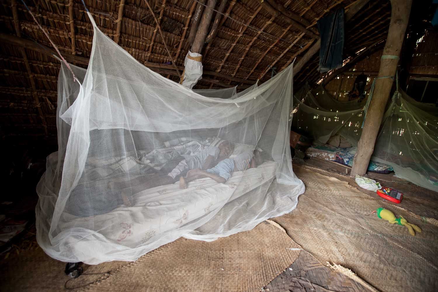 The use of long lasting insecticide treated nets each night is one of the most effective ways to prevent malaria, Vanuatu, 2012. Photo: DFAT