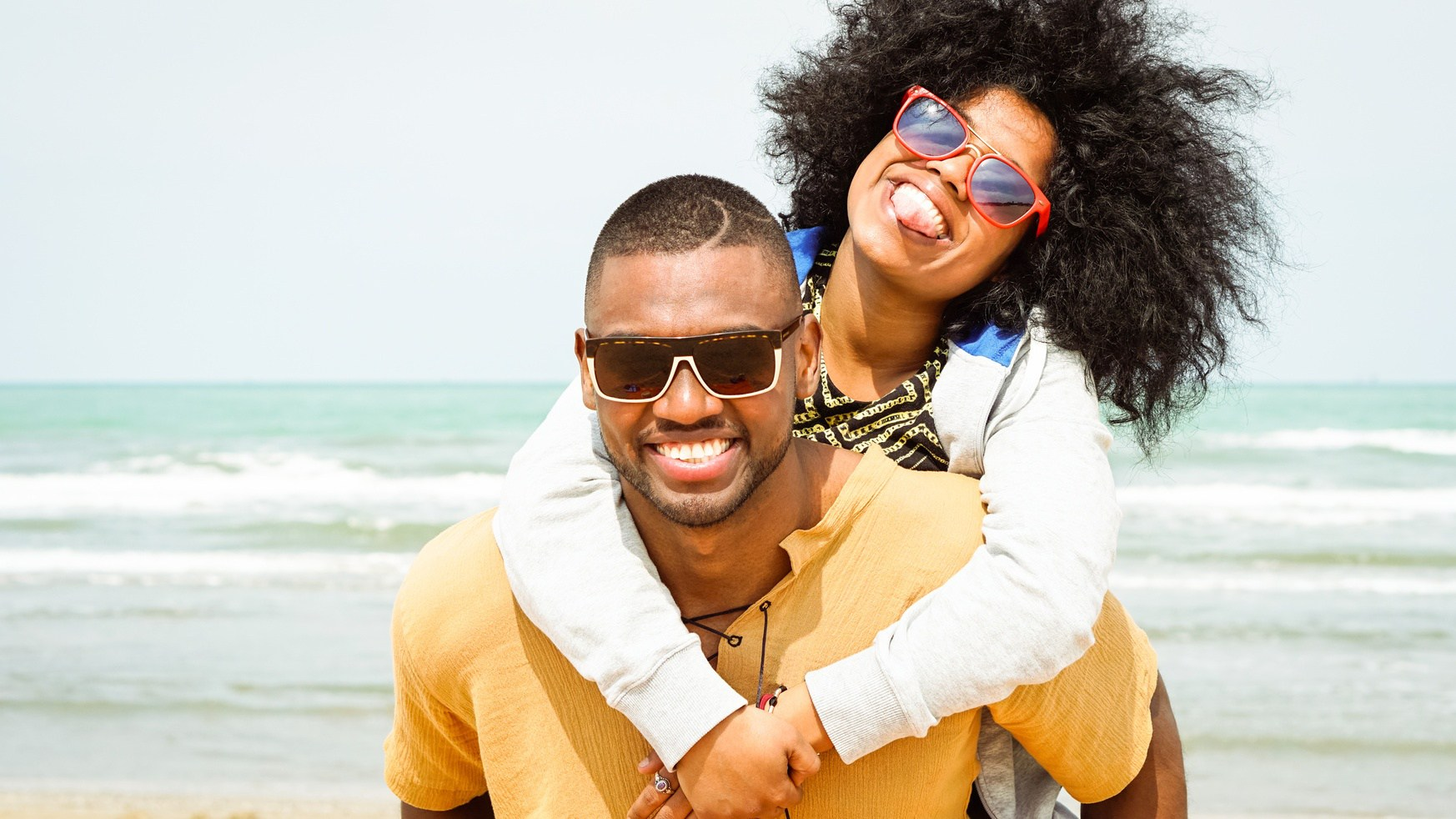 black couple travelers