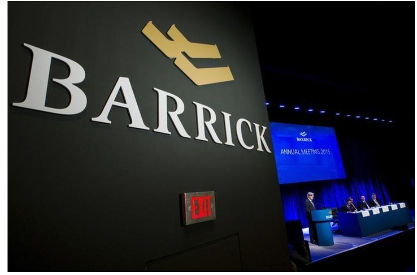 Barrick Gold Corp Chairman of the board John Thornton speaks during their annual general meeting for shareholders in Toronto, Ontario, Canada on April 28, 2015. REUTERS/Mark Blinch