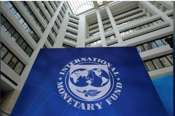 The International Monetary Fund logo is seen during the IMF/World Bank spring meetings in Washington, U.S., April 21, 2017. REUTERS/Yuri Gripas