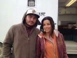 Aragon with Eva Longoria on the set of Frontera.