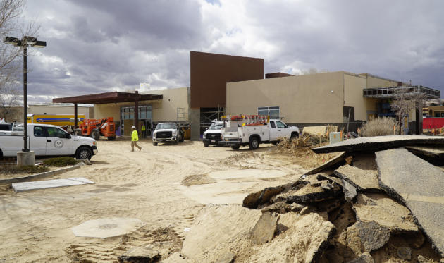 apl030419g/BUSINESS/pierre-louis/JOURNAL/030419 The Albuquerque ER and Hospital located at 9310 Coors Blvd. NW is being built at the former Grandma's Music Store .Photographed on Monday  March 4, 2019/Adolphe Pierre-Louis/Journal