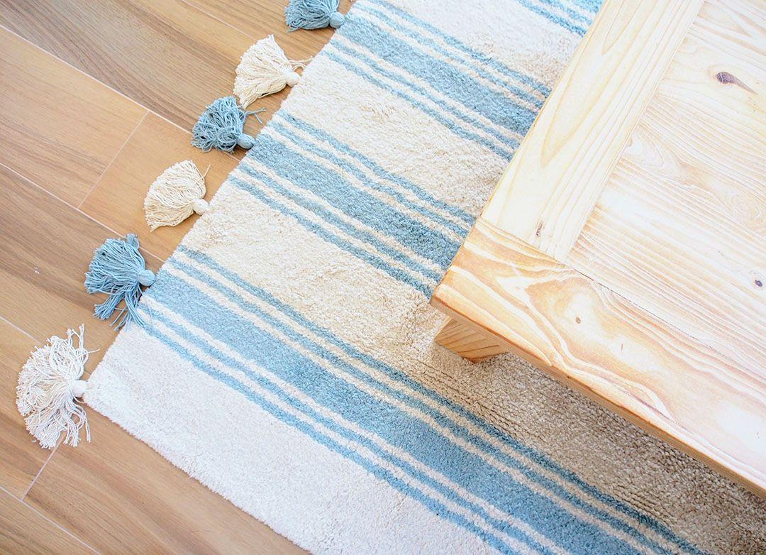 Abracadabra Decor Vigo Home Staging decora para vender o alquilar apartamento en la playa - alfombras para delimitar los espacios