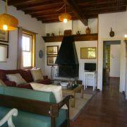 Abracadabra Decor Vigo Home Staging decora para alquiler vacacional - salón antes