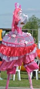 bulles de bonheur echassier parade colores festifs carnaval grandiose crinolines bulles de savon rose girly kawai (23)