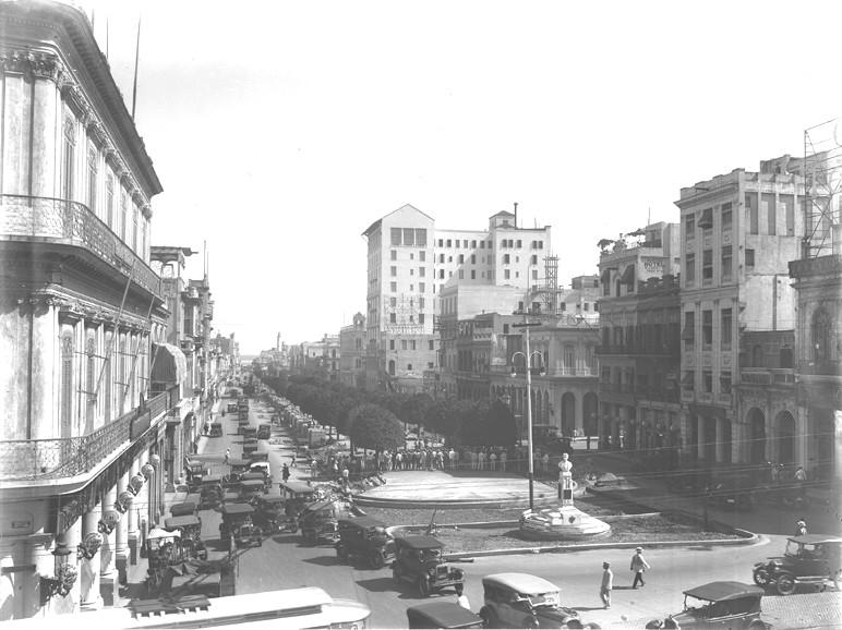 Paseo de Martí, La Habana. Septiembre 7, 1928.