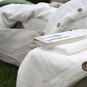 biele ľanové obliečky