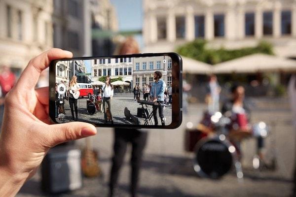 LG Q6 camera