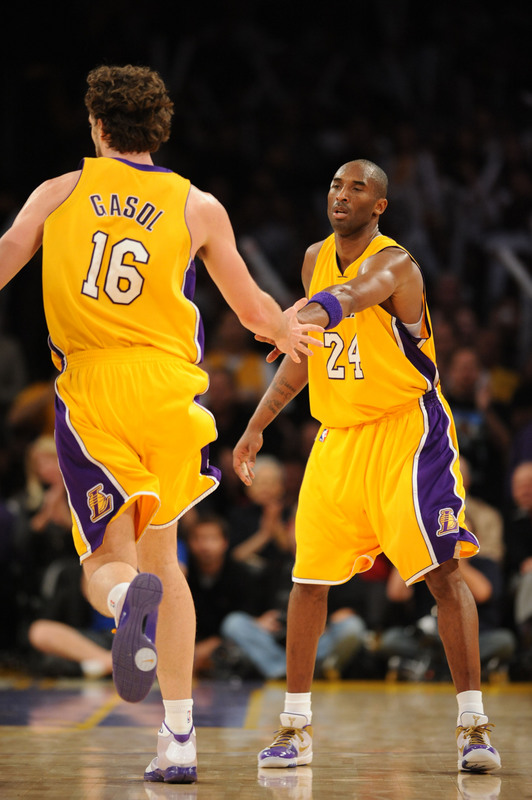 Bryant  and  Gasol  acknowledge  each other  after a well  executed  play against  the  Cavaliers  .................