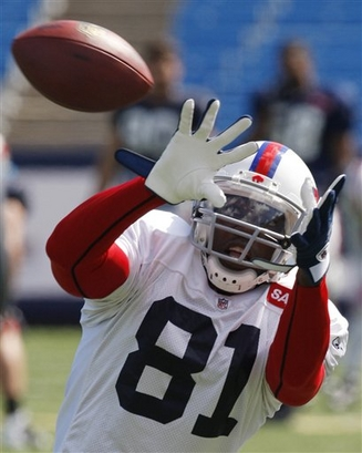 Buffalo   Bills'  wide  receiver   Terrell  Owens   makes a  catch  during  practice  at  the  Ralph  Wilson   Stadium  in Orchard  Park,  N.Y.   The  team has  a  had  something  of a  turbulent   week  having   fired  offensive  coordinator  Turk  Schonert  .      picture  appears courtesy  of  ap/photo/David  Duprey   ..........................