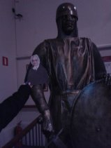 Flat Agnes with famed Anglo-Norman knight, Strongbow at Dublinia museum in Dublin, Ireland