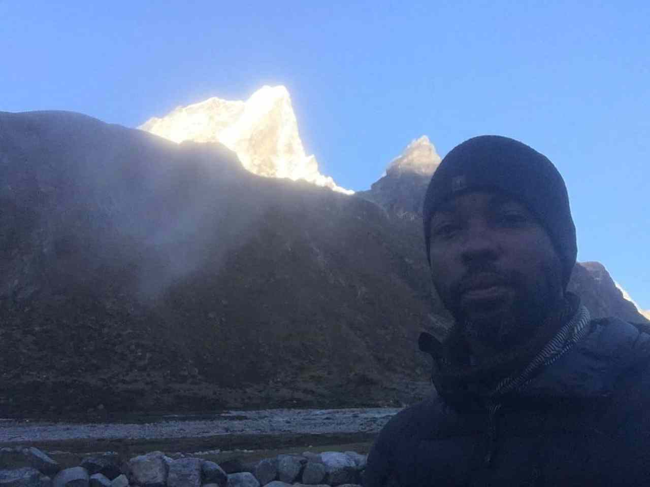 A morning picture in Pheriche with the Himalayas as a backdrop on the Everest Base Camp Hike