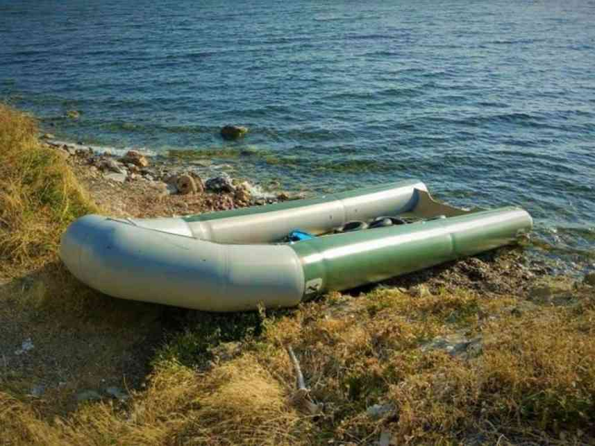 Boat spotting during the refugee crisis on Lesvos - The Global Volunteer Adventures - A Brother Abroad