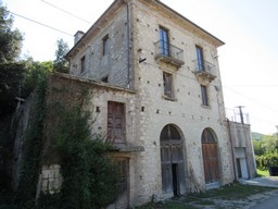 Property for Sale in Abruzzo Central Italy Holiday