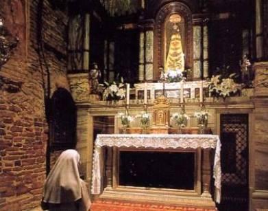 La Madonna nera di Loreto