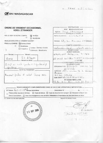 2009 RANARISON Tsilavo CEO NEXTHOPE signe les virements bancaires de CONNECTIC_Page8