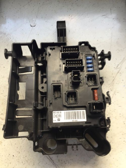 small resolution of peugeot 407 2 0 hdi breaking fuse box vdo bsc a02 s1200170031 9656148080 5828 p jpg