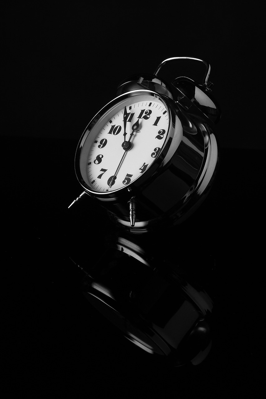 alarm clock, black and white, reflection