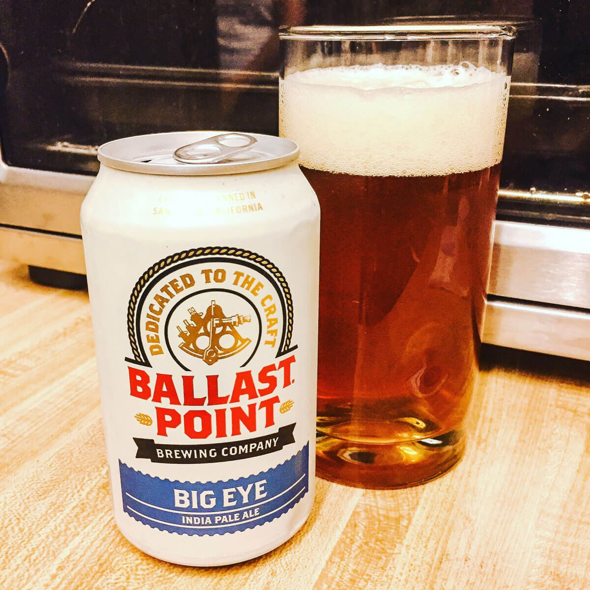 Big Eye, an American IPA by Ballast Point Brewing Company