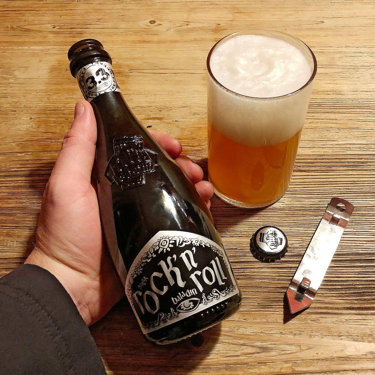 Rock 'N' Roll, an American-style Pale Ale by Birrificio Le Baladin