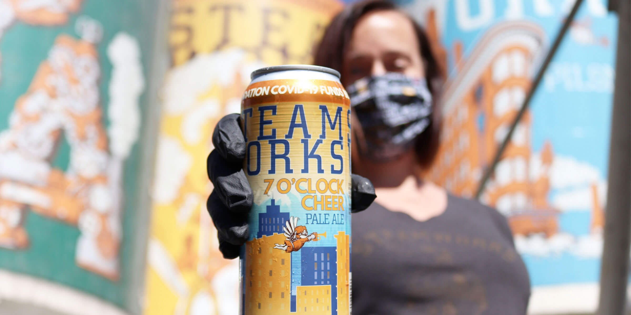 Steamworks Brewing Company released the 7 O'clock Cheer Pale Ale, inspired by the city's unwavering show of support for frontline workers every evening at 7 PM.