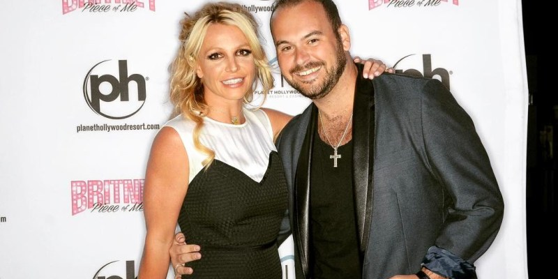 Absolutebritney britney galaxy fansite absolutely about mike covelli meet and greet story with britney spears britneyspears m4hsunfo