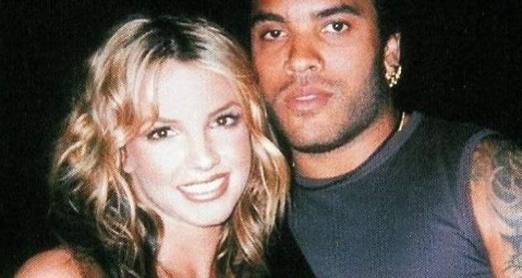 .@ZoeKravitz Posts #Throwback @britneyspears @LennyKravitz Picture!