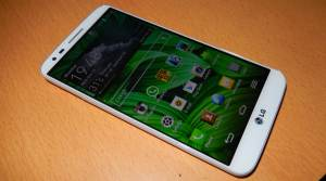 LG G2 The Best Flagship Device 2013