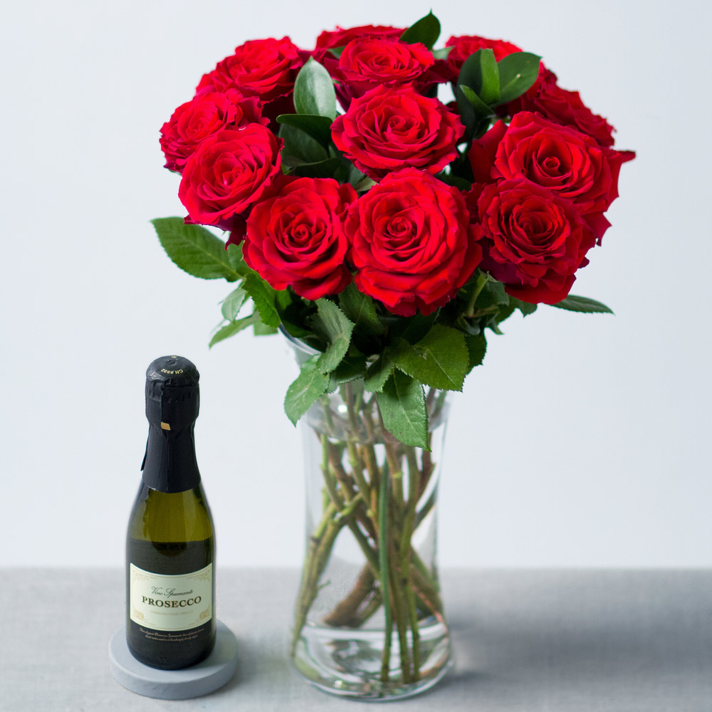 Red Roses and Prosecco £28.99