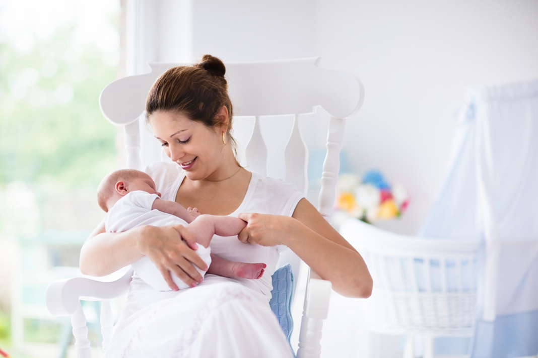 10 things you only know if youre breastfeeding