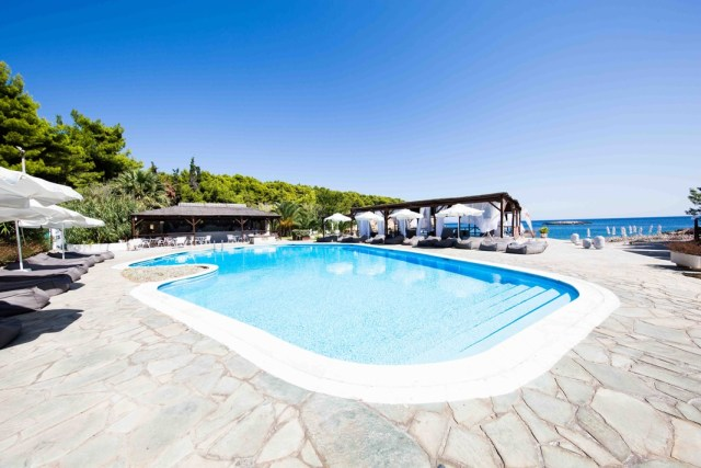Marpunta Village Club: A new Greek island wedding or honeymoon escape