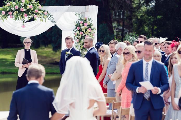Real wedding: Garden glamour for a summer wedding