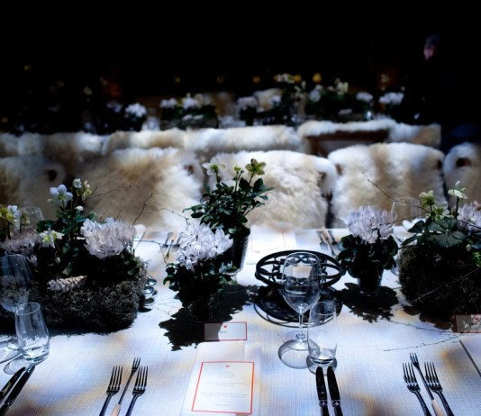 Expert answer: Johnny Roxburgh on styling a winter marquee wedding