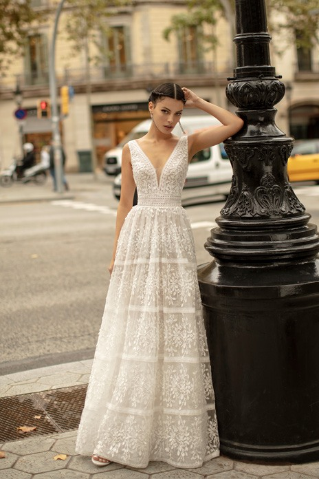 Bridal trend: Pure white gowns for timeless romance