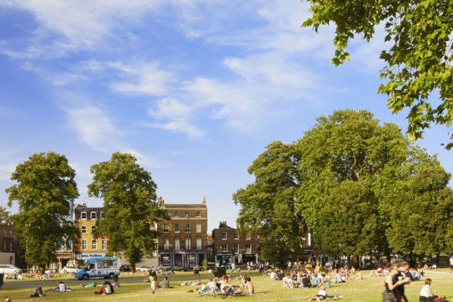 Where to Live in London: 10 Neighbourhoods & Who Should Live There