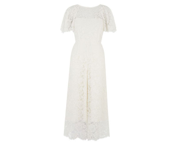 9 of the Best Beach-Ready Wedding Dresses
