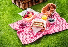 5 Simple Steps for Preparing the Perfect Picnic Hamper