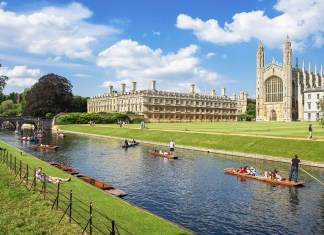 Absolutely's Guide to Cambridge: Why Go & Where to Stay