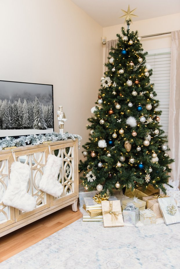 My Christmas Home Decor Ideas by Florida style blogger Absolutely Annie