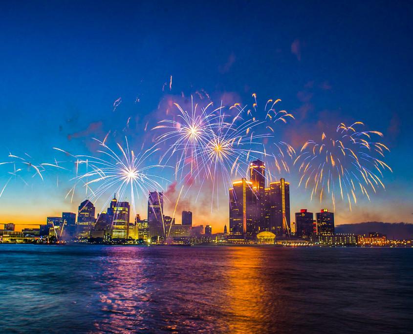 Michigan Fireworks Friday  Absolute Michigan