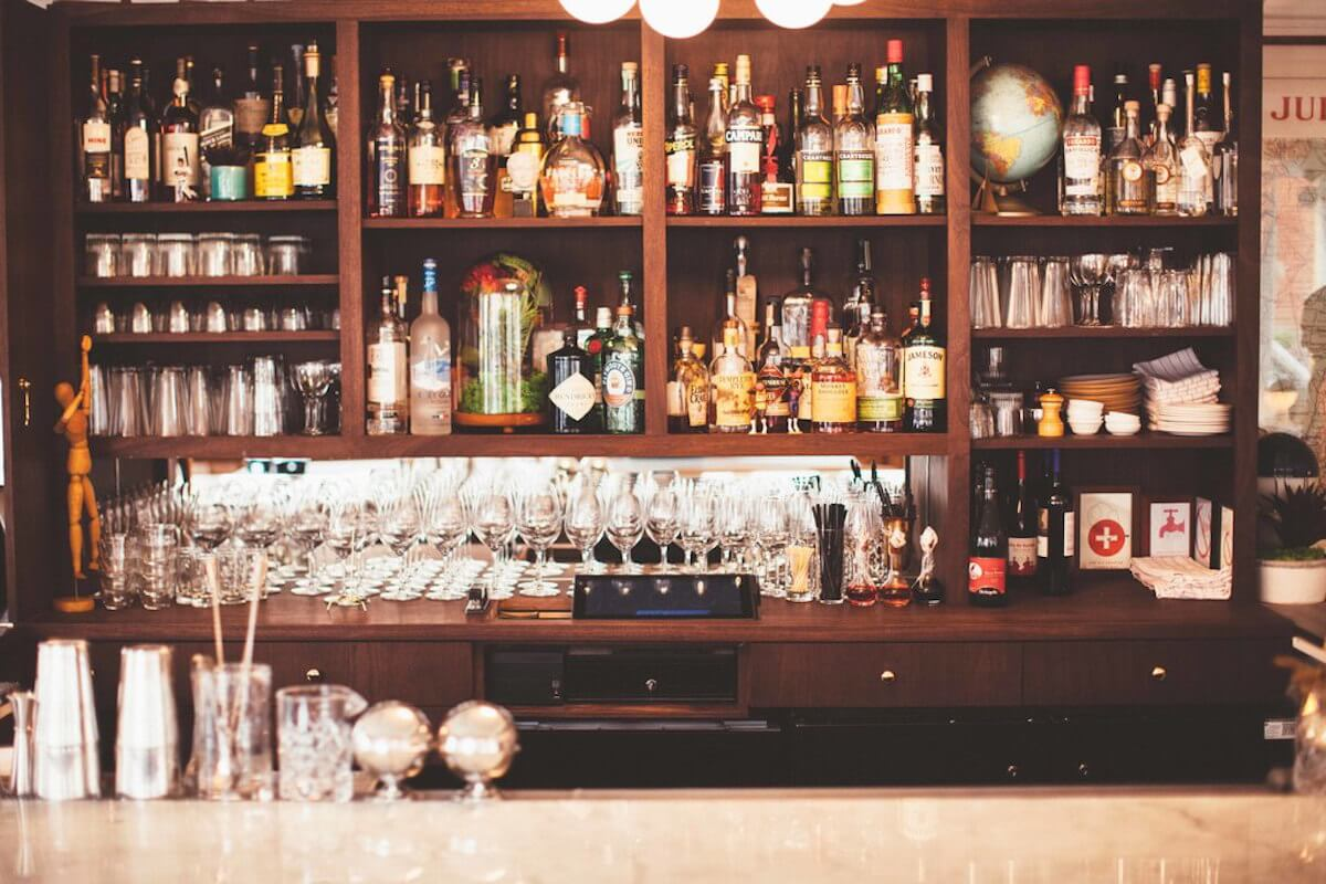 How To Decide If An Open Bar Is Worth The Cost