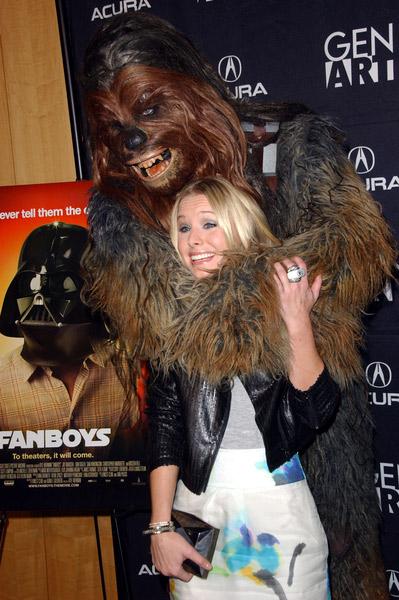 Kristen-Bell-Chewbacca-1