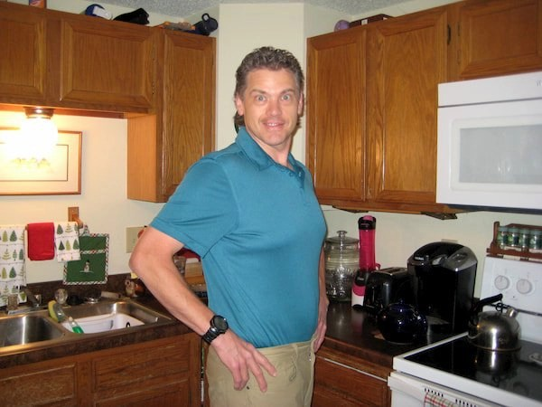This the picture of joe hilyar who tells a story how you can lose weight by walking