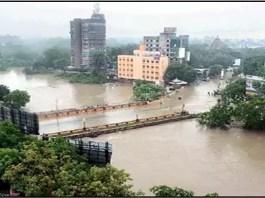 surrounding-flood-water-in-vadodara:-hazali-delta