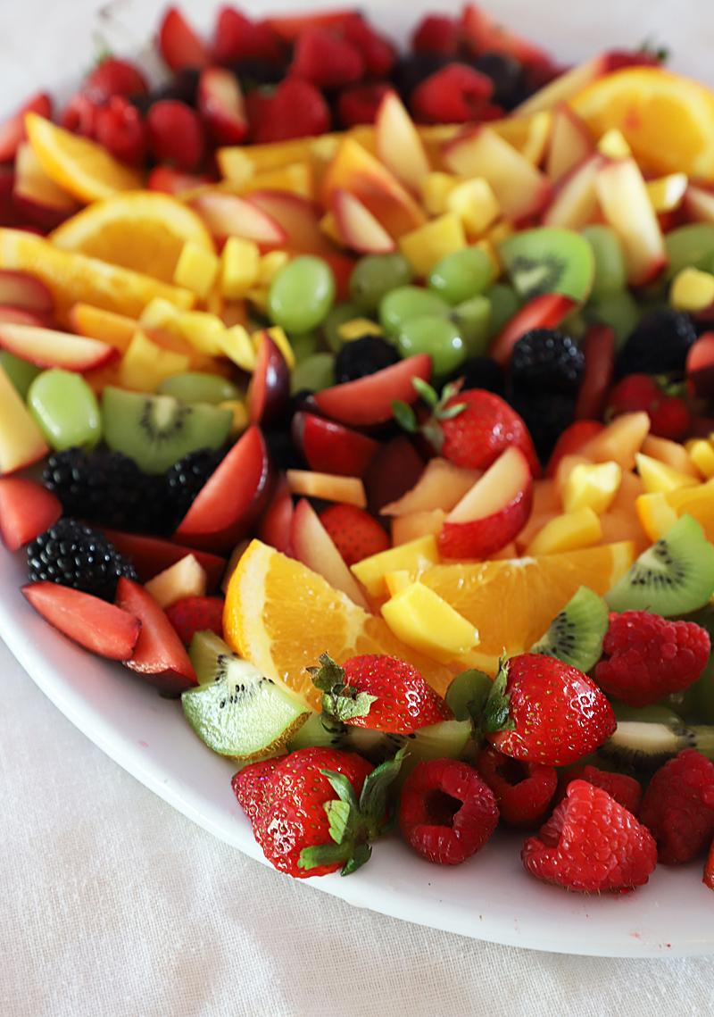 rainbow fruit platter brunch ideas