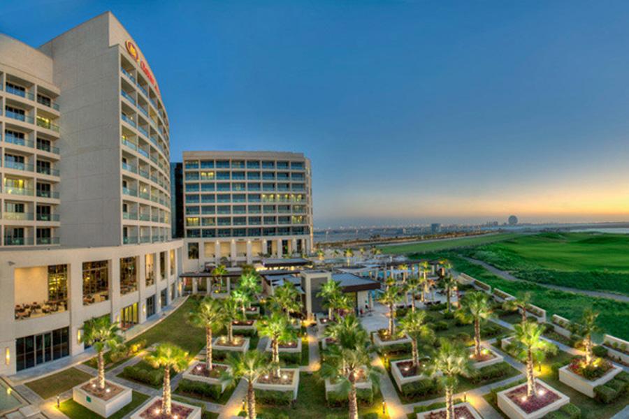Crowne Plaza Abu Dhabi 2
