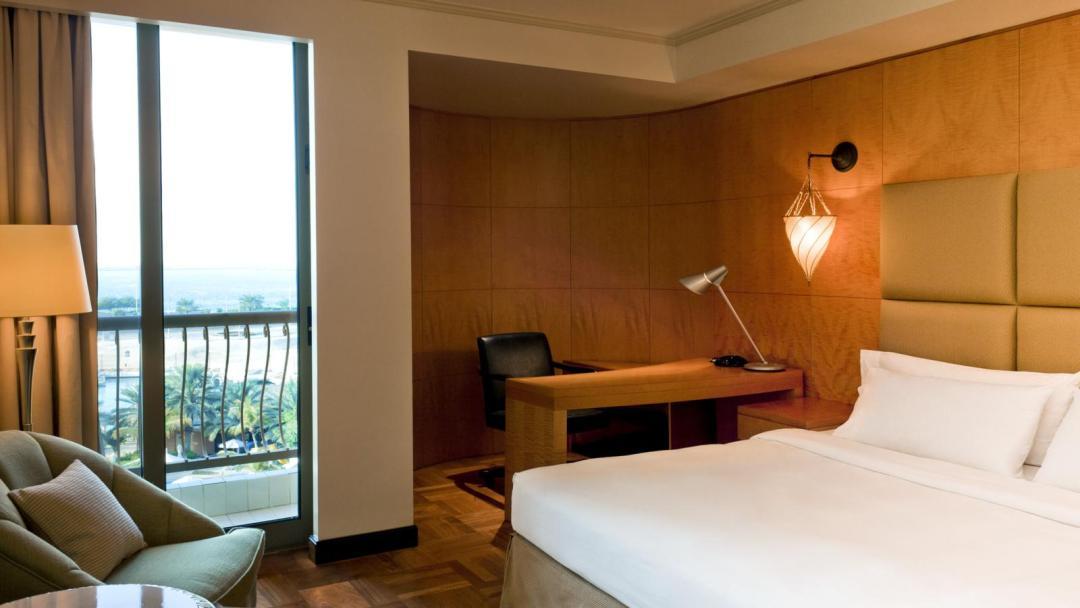 Sheraton Abu Dhabi Hotel Resort 3