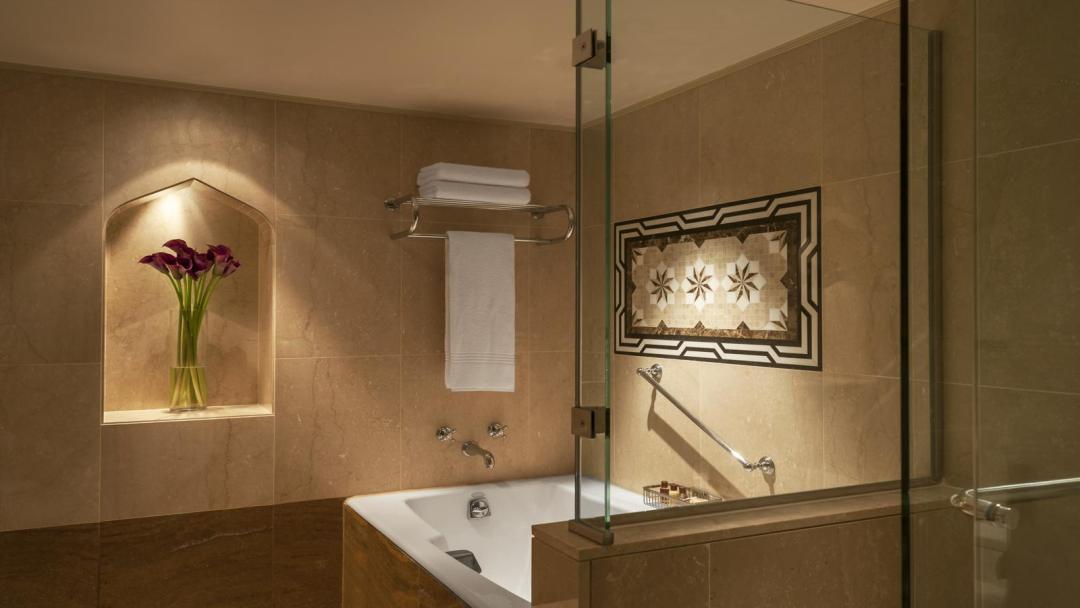 Sheraton Abu Dhabi Hotel Resort 4